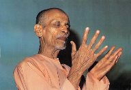 Swamiji sings Ave Maria